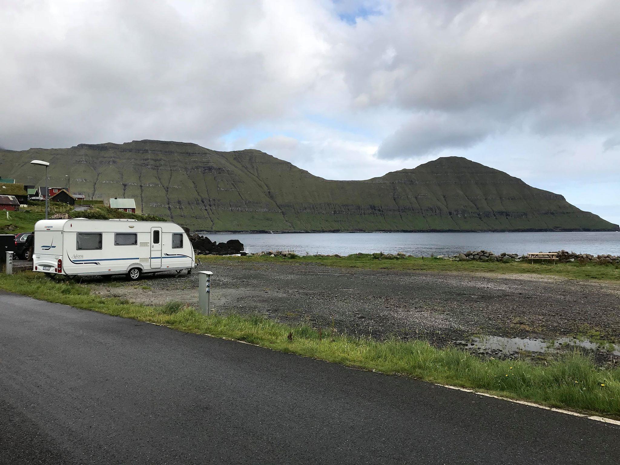 Elduvík kamping