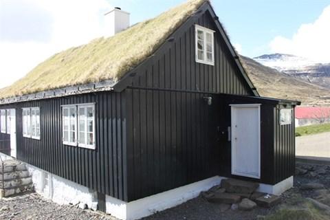 Norðragøta, Tróndargøta 12