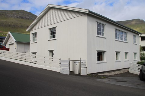 Leirvík, Garðsvegur 16 - EY14