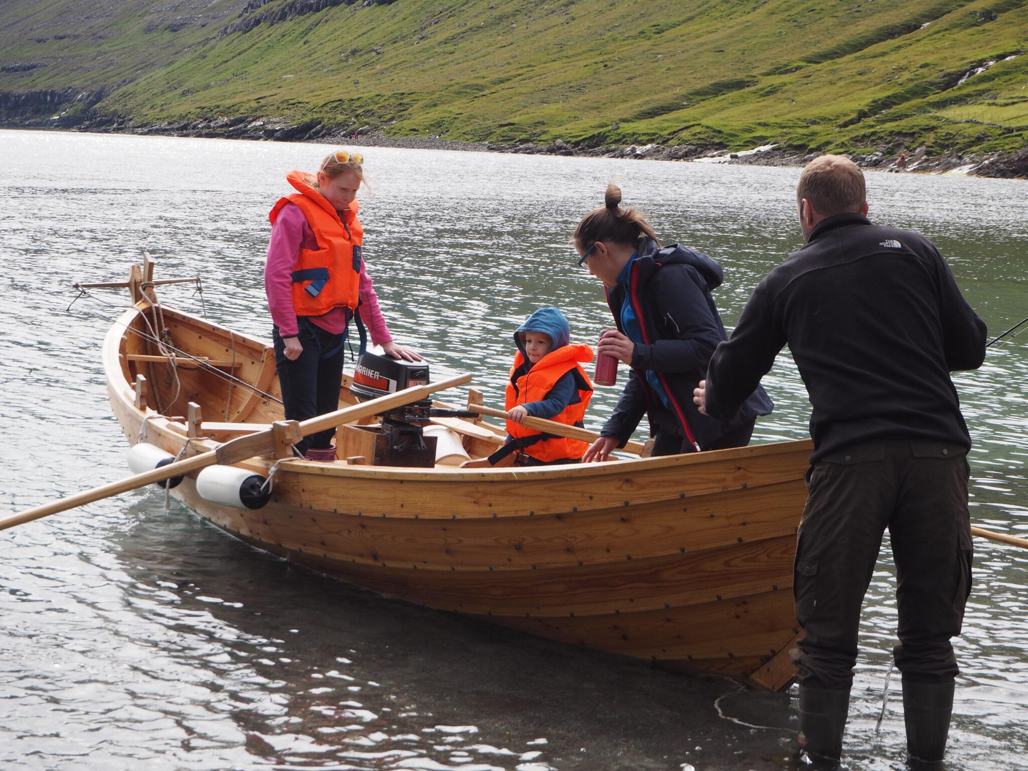 Guided Boat Tour in Funningsfjørður